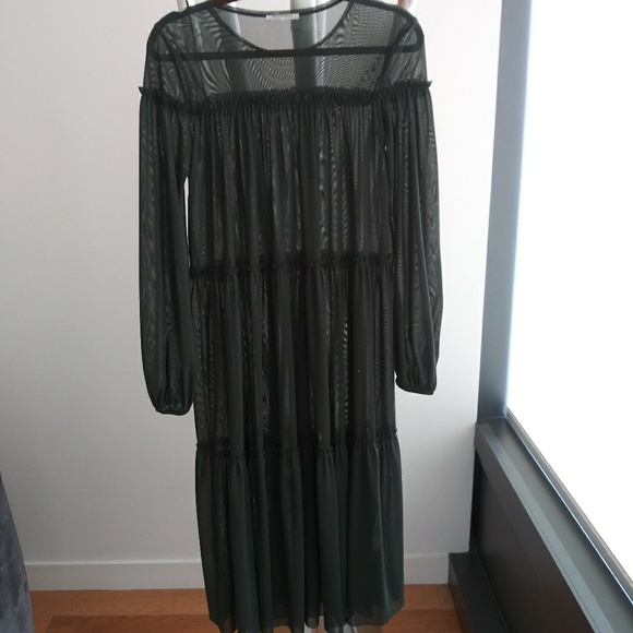 Zara Dresses & Skirts - Dress